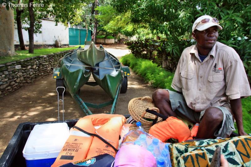 Sailor, unser Kanutour-Guide und Chef von Pombo Safaris, Sambia